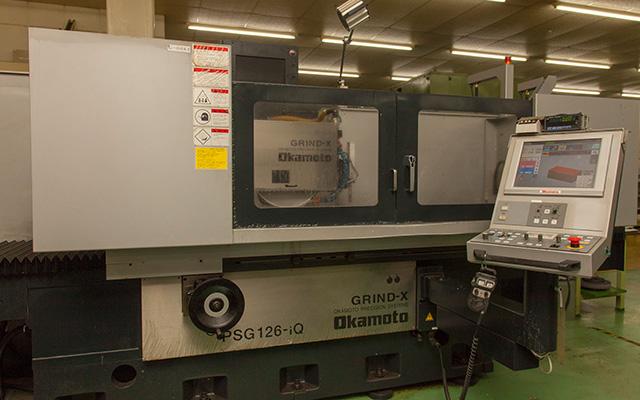 大型精密平面研削盤 PSG126-iQ 岡本工作機械
